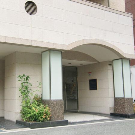 AS心斎橋西【エクセレント】外玄関
