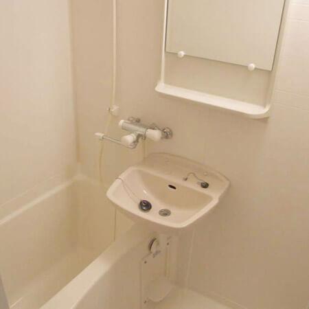 AS心斎橋7【スタンダード】浴室