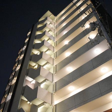 AS新大阪7 【ハイグレード】 外玄関