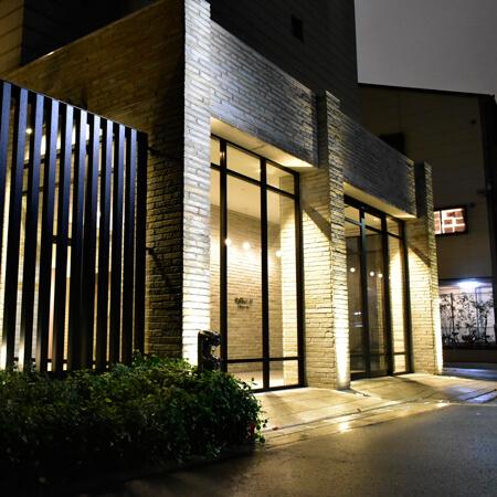 AS大阪・梅田北ネクス 【スタンダード】 外玄関
