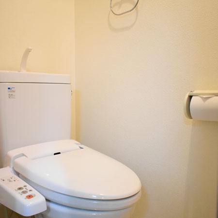 三条通-2(86)トイレ